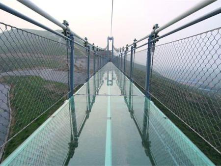 嘉定玻璃吊桥厂家